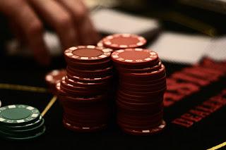 Tips dan cara mengatasi terkadang berbisnis saham itu gambling