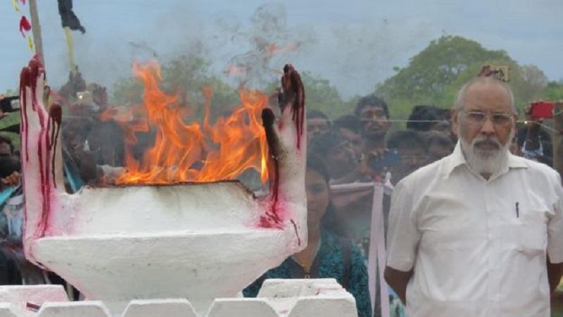 பனங்காட்டான் எழுதிய ''முள்ளிவாய்க்காலில் ஒளிரும் சுடரை அணையாது பார்த்துக் கொள்வோமாக!''