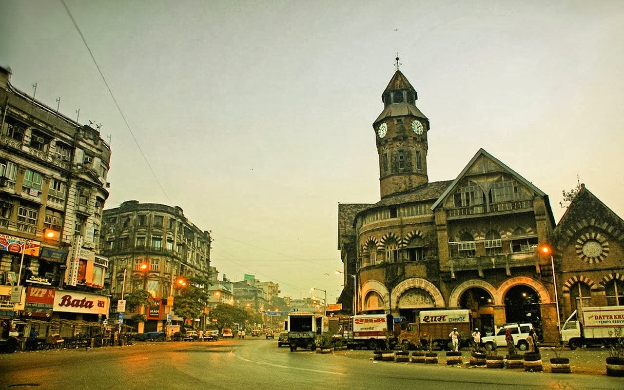 24 Hours in Mumbai - Travel Through The City of Chaos