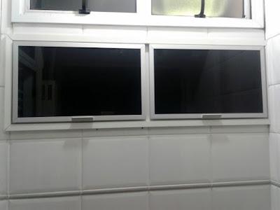aluminio com vidro preto