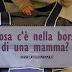 Cosa c'è nella borsa di una mamma?