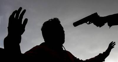 Ex militar mata su primo de varios balazos en Pedro Corto, San Juan