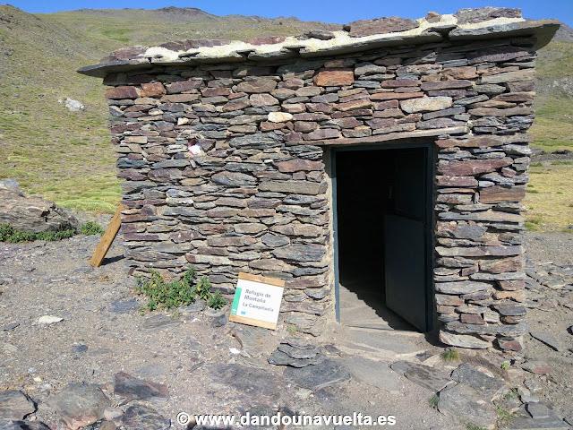 Refugio La Campiñuela en Subida al Mulhacén desde Trevélez