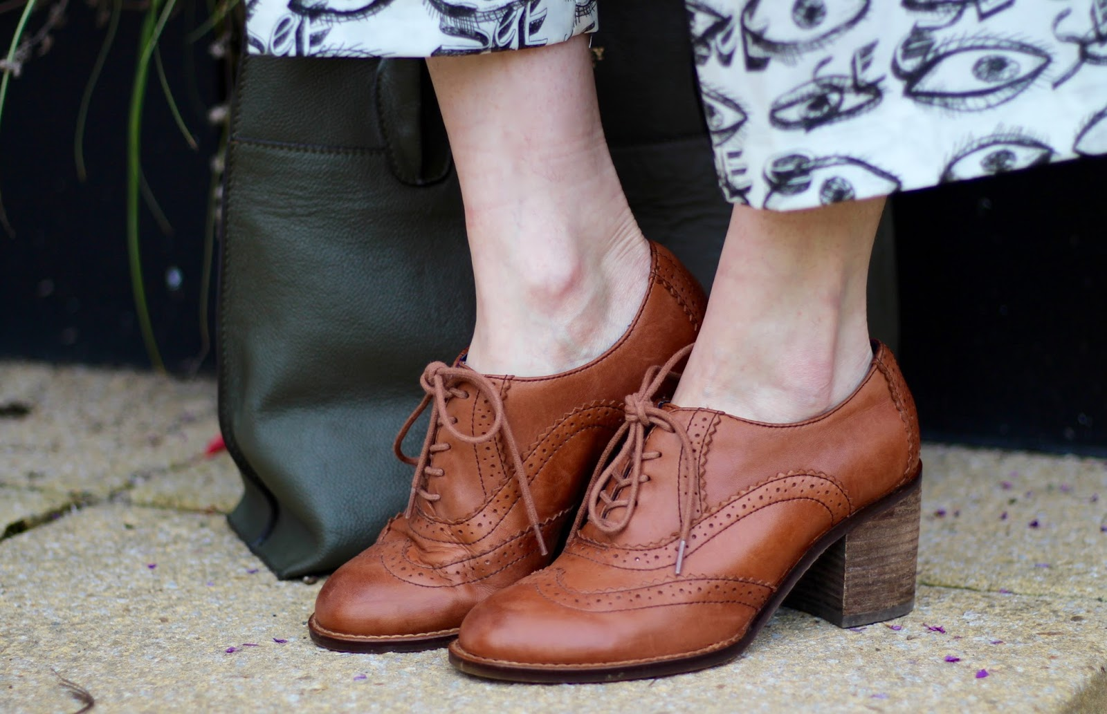 Autumn Style, over 40 | Heeled Tan Brogues | Fake Fabulous