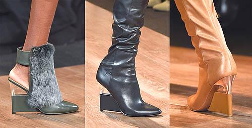 ... diaplikasi dari Stiletto heels yang disambungkan ke outer sole depan.  Konstruksi tersebut memenuhi definisi Wedges sebagai sepatu fashion yang  memiliki ... b419fe862d