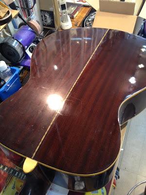 ギター 塗装 磨き
