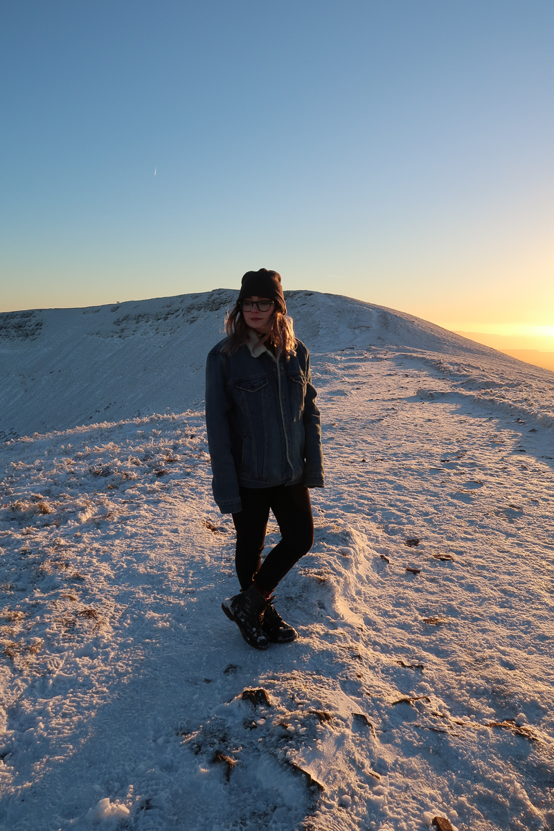 Pen Y Fan mountain snow at sunset levis denim sherpa jacket