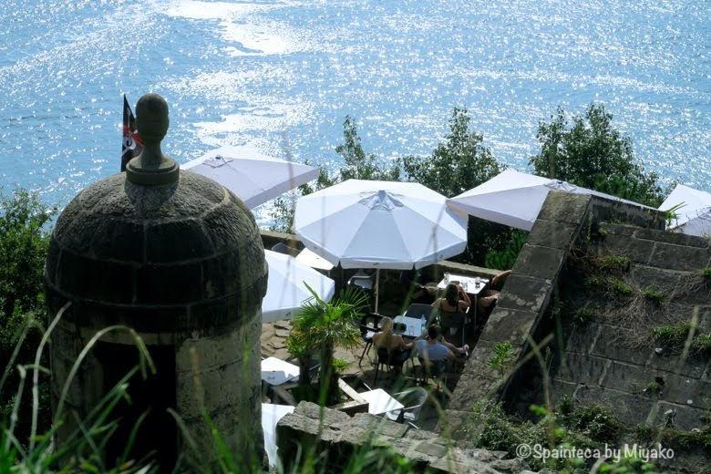 北スペイン・サン·セバスティアンの海沿いのカフェ La Concha, Donostia-San Sebastián