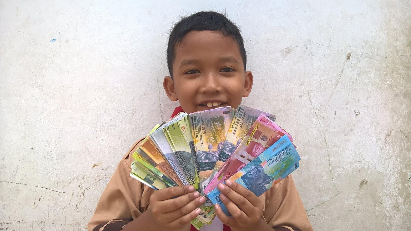 Uang Mainan