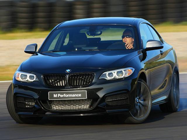 BMW M240i 2017
