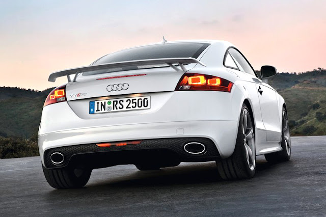 2013 Audi TT RS Coupe Back Exterior