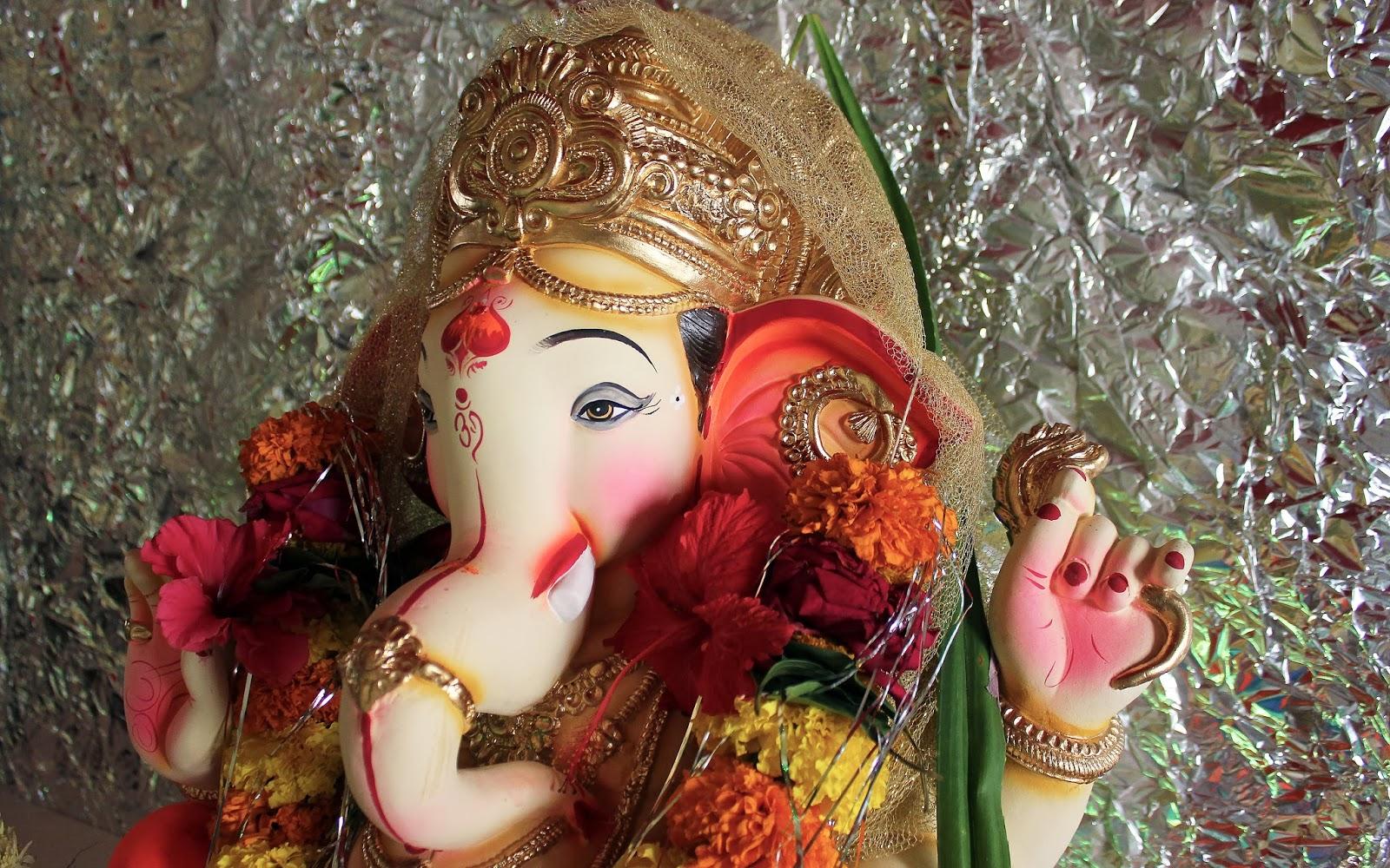 Hindu Gods: Most Beautiful Ganesha Wallpapers
