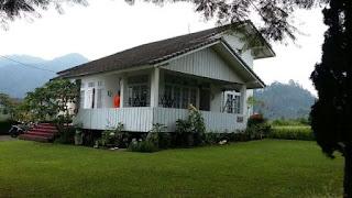 Villa Putih Lembang