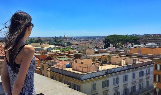 Vistas desde la terraza del Hotel Savoy en Roma