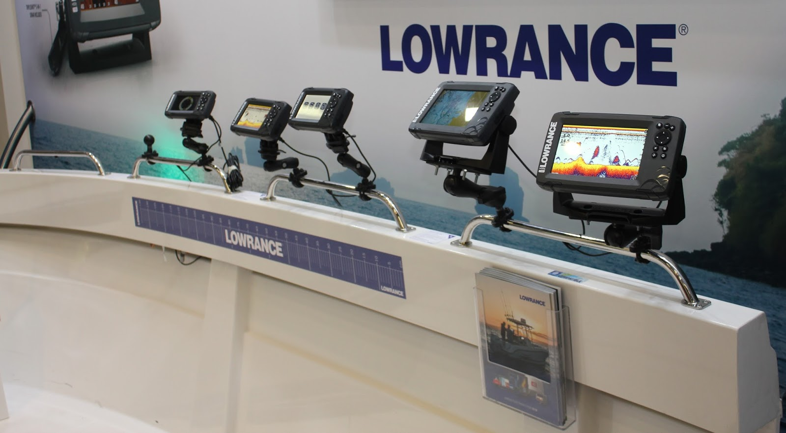 What is the difference between Lowrance Hook and Hook2