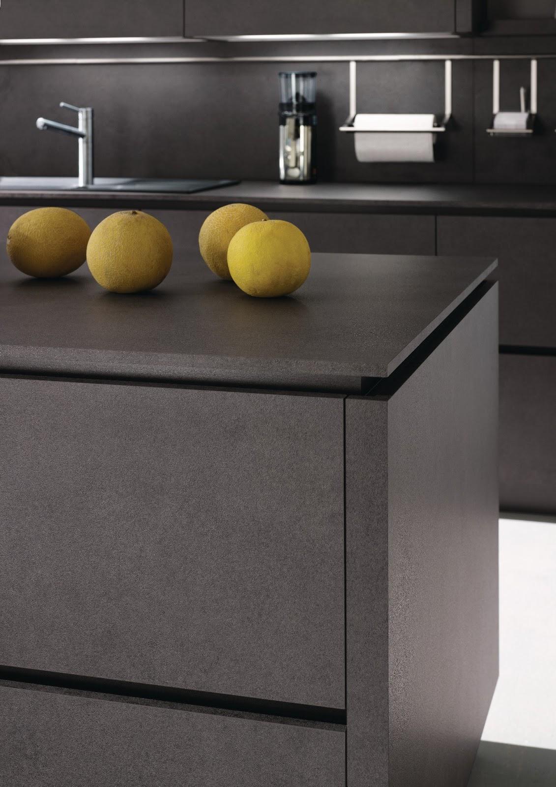 cuisine design anthracite avec lot. Black Bedroom Furniture Sets. Home Design Ideas
