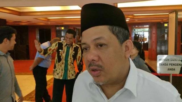 Fahri Hamzah Anggap Jokowi 'di Balik' Pelarangan Shalat Jumat Prabowo