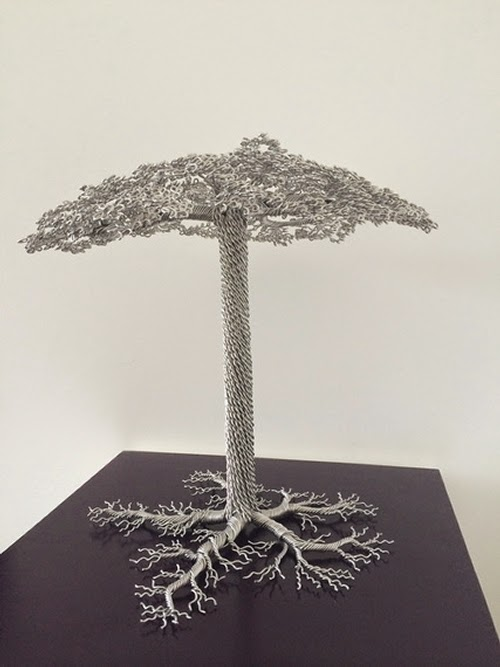09-Clive-Maddison-Small-Wire-Tree-Sculptures-www-designstack-co