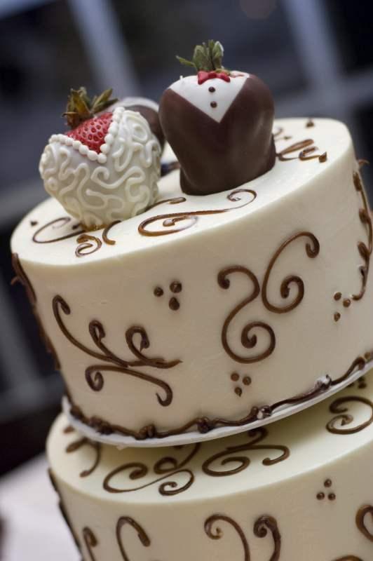 Ontario Bakery Custom Edible Cake Toppers
