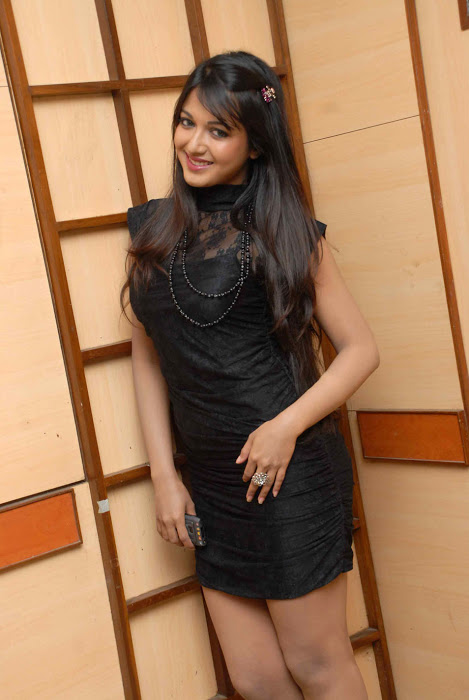Tamil Actress Catherine Tresa Cute Latest Photos In Black Dress