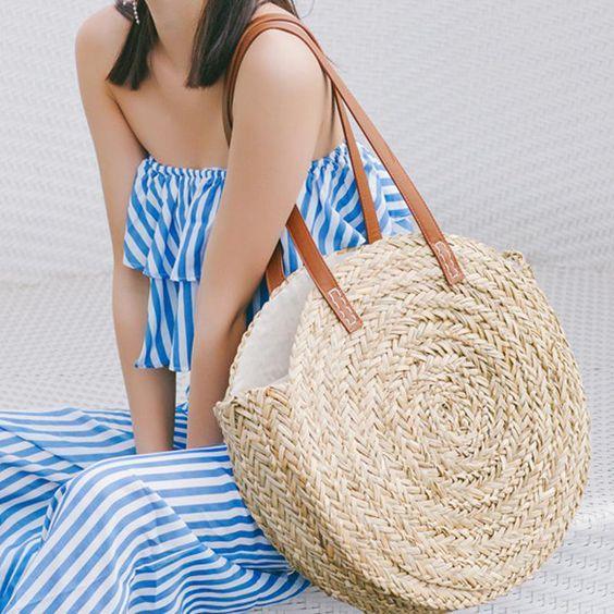 El bolso de rafia de este verano