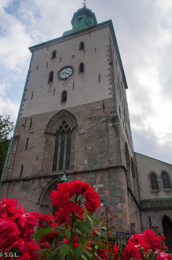 Catedral de San Olaf en Bergen. Hurtigruten dia 1: Bergen