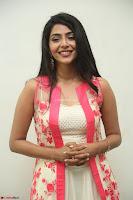 Aishwarya Lekshmi looks stunning in sleeveless deep neck gown with transparent Ethnic jacket ~  Exclusive Celebrities Galleries 084.JPG