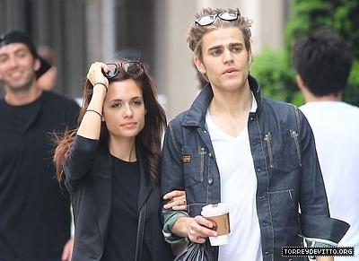 mari and ian dating nina