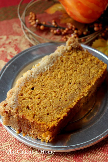 Streusal Topped Pumpkin Bread: The Charm of Home