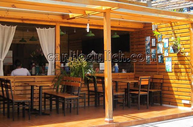 Villa có phục vụ cafe