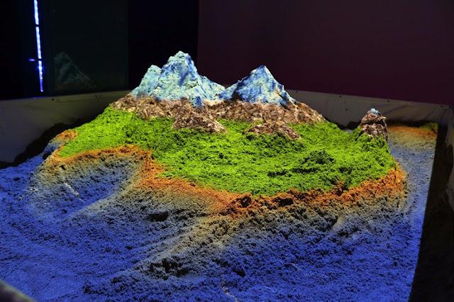 未来の砂場?ARを応用した砂場「iSandBOX」がすごい!!【i】