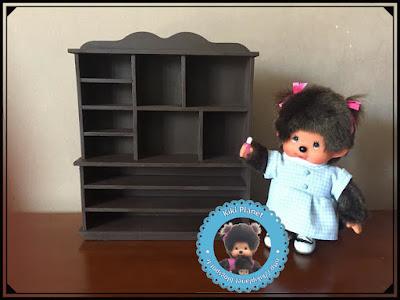 Meuble présentoir magasin pour Kiki ou Monchhichi - meuble miniature - fait main - handmade