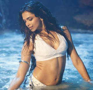 Actress Deepika Padukone  IMAGES, GIF, ANIMATED GIF, WALLPAPER, STICKER FOR WHATSAPP & FACEBOOK