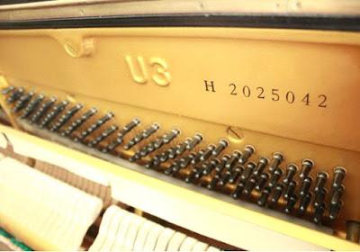 Cách chọn mua đàn piano cơ cũ