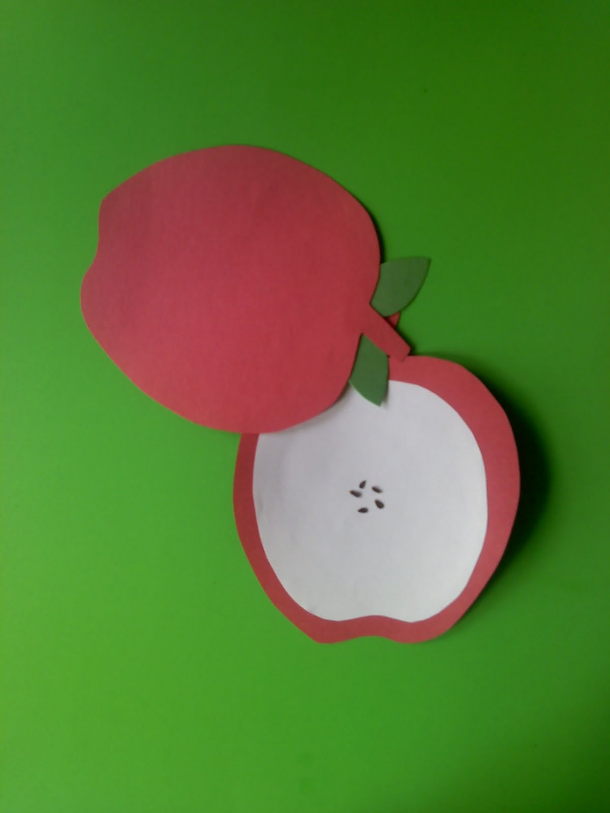 Crafts For Preschoolers What S Inside An Apple Craft
