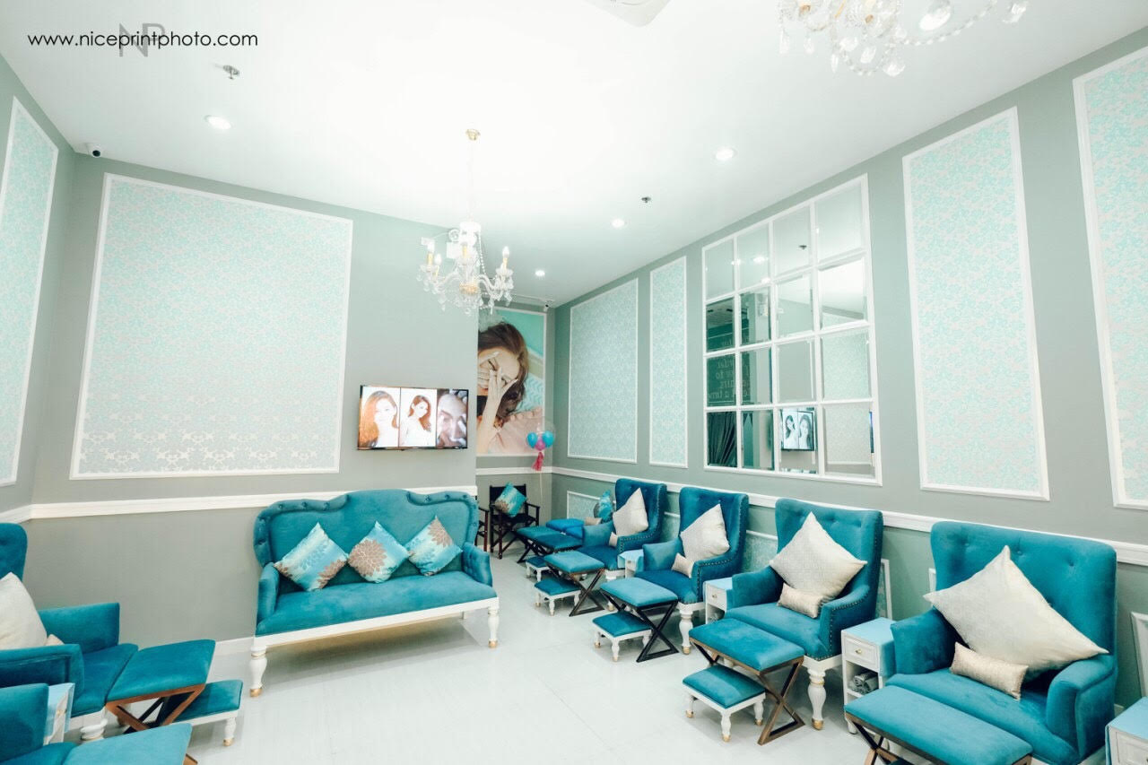 tean queen and ceo kathryn bernardo opens third branch of nails salon latest celebrity news. Black Bedroom Furniture Sets. Home Design Ideas