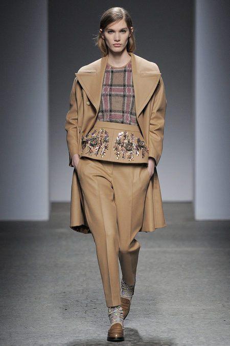 Tendência de moda  2013/2014 -  Calças Peplum