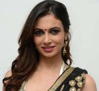 Simran Kaur Mundi Family Husband Son Daughter Father Mother Marriage Photos Biography Profile.