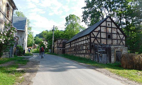 Wieś Komarno (niem. Kammerswaldau).