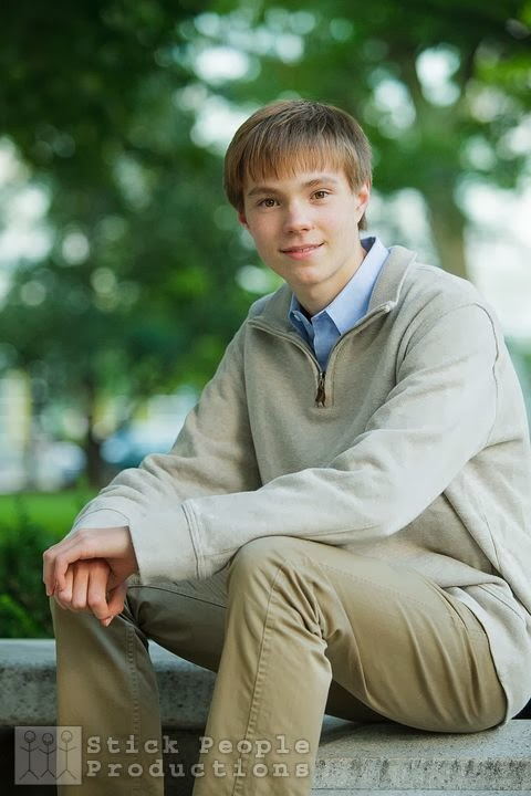 Alex - High School Senior Portraits - By Kelly Doering, Photographer