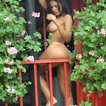Andrea Rincon, Selena Spice Galeria 21 : Jean Azul y Top Rojo Foto 126