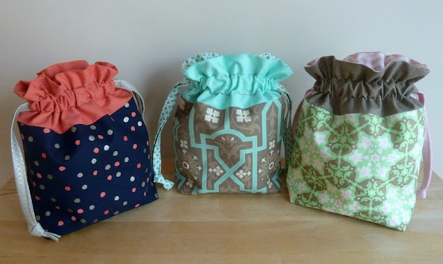 alidiza: Lining Up - Lined Drawstring Bags