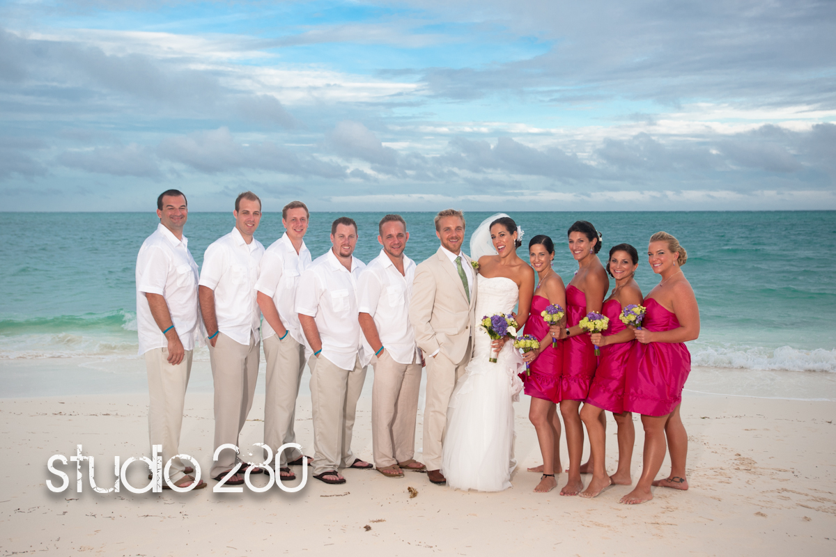 Destination Wedding In The Bahamas: Chic Bahamas Weddings: Fall Bahamas Destination Wedding On
