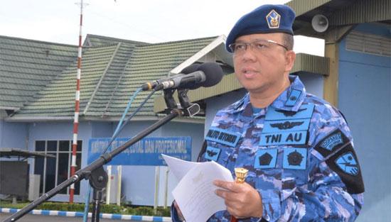 Inspektur Upacara (Irup) Komandan Lanud Supadio Kolonel Pnb Palito Sitorus, S.I.P., M.M