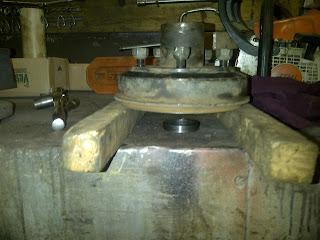 Bobs Shop: Wheel bearing replacement 1250 Toro sprayer
