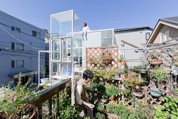 modern transparent house design-3