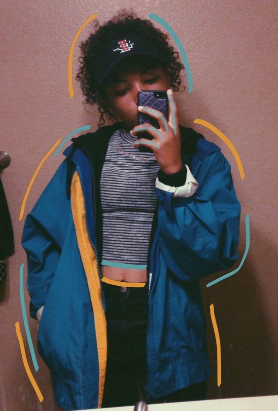 Windbreaker jacket: as jaquetas de tactel coloridas dos anos 90 estão de volta!