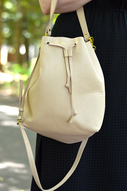 blush-bucket-bag
