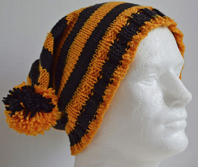 hand knit VCU Rams hat with pompoms