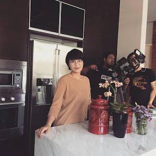 Drama Biar Aku Jadi Penunggu Online Download